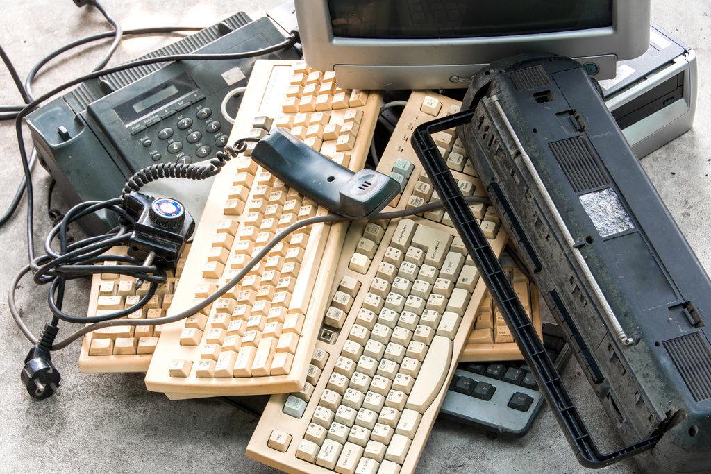 E-plastics for recycling.