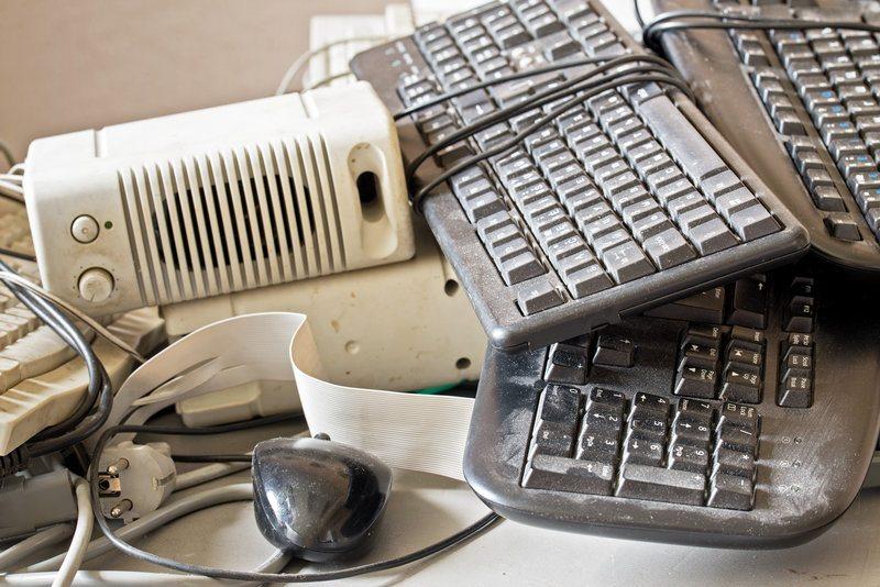 electronics recycling / Nerijus_Juras, Shutterstock