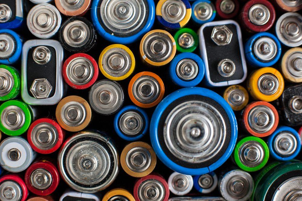 Batteries / Aksana Tsishyna, Shutterstock