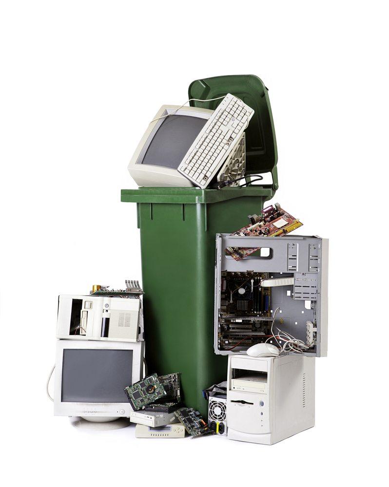 e-scrap recycling / Bluskystudio, Shutterstock