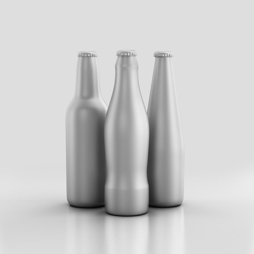 Aluminum bottles / APStudio 2015, Shutterstock