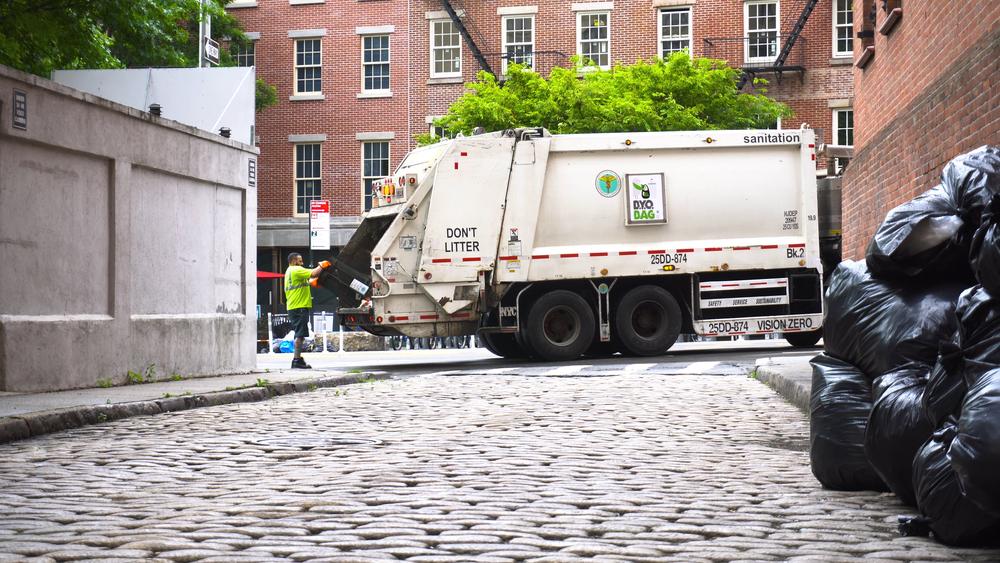 NYC garbage truck / BravoKiloVideo, Shutterstock