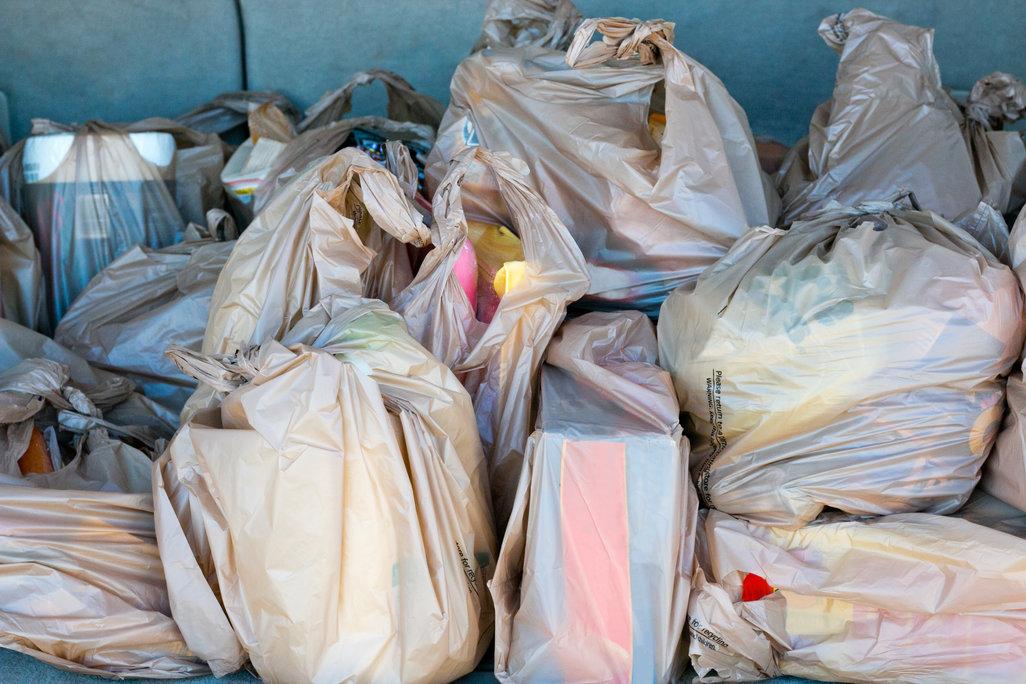 Plastic Bags / Belen_Strehl, Shutterstock