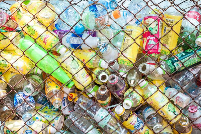 recyclable bottles / Sombat_Muycheen, Shutterstock