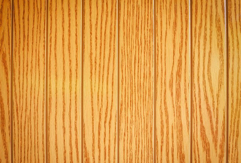 composite lumber / ESOlex, Shutterstock
