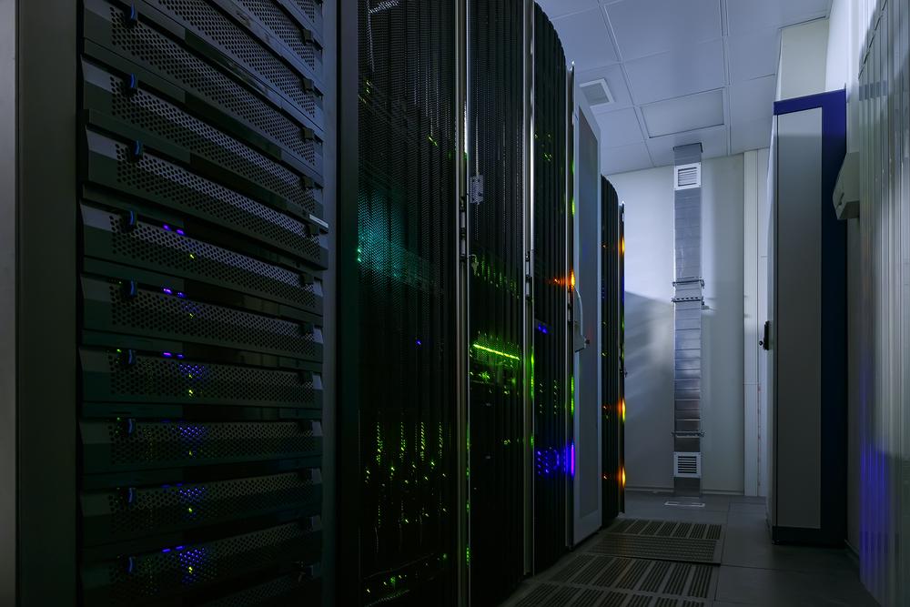 Data Center / Timofeev_Vladimir, Shutterstock