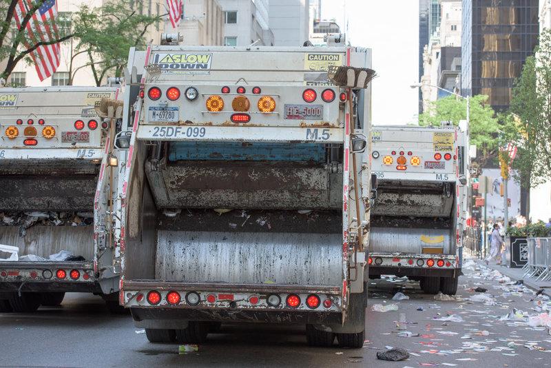 garbage truck / Andrea Izzotti, Shutterstock