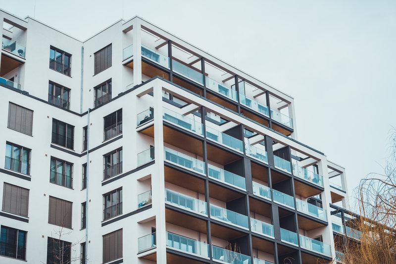 high rise building / Terroa, Shutterstock