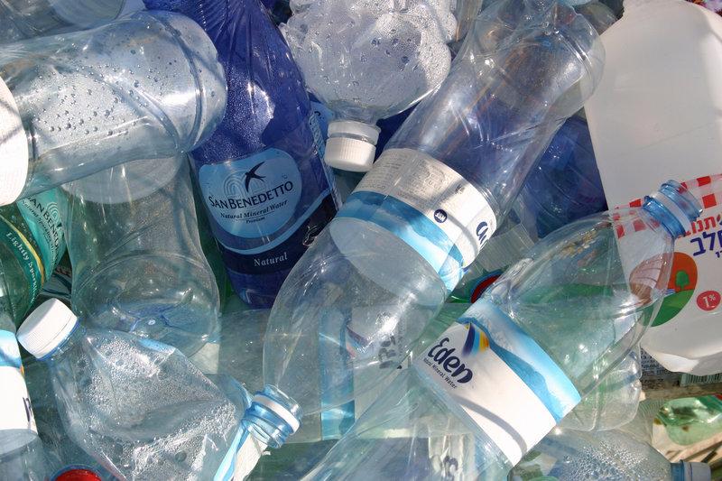 plastic bottles / Chris_Bradshaw, Shutterstock