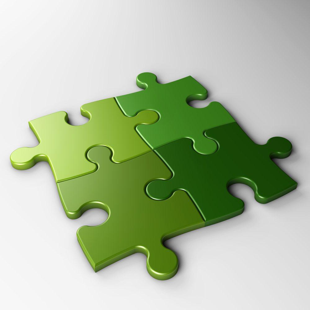 puzzle / NUMAX3D, Shutterstock_119857360