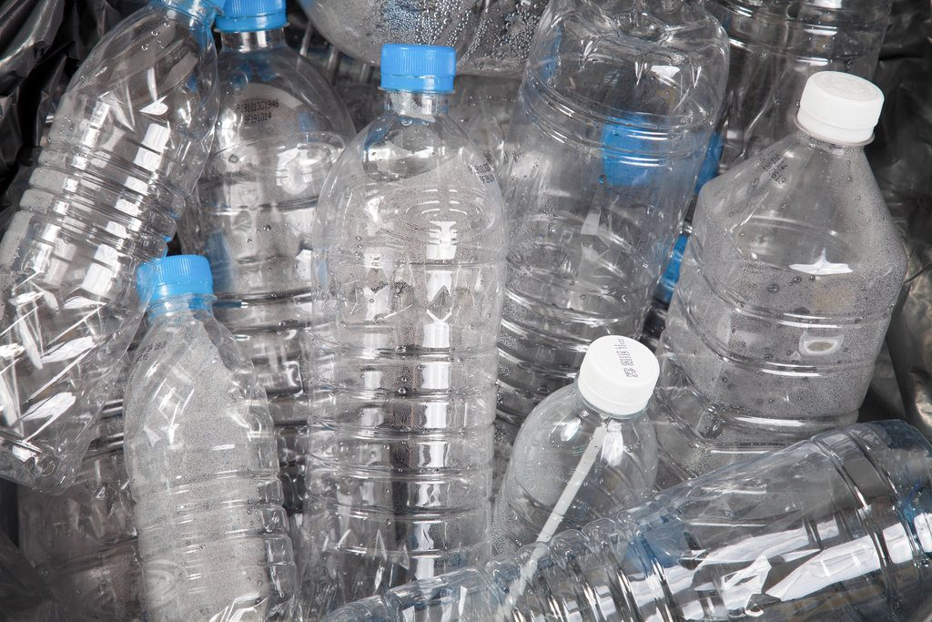 PET water bottles for recycling