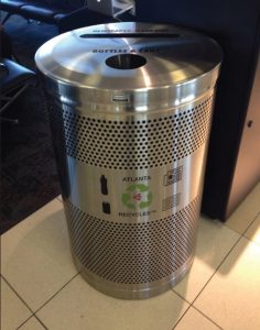 Single stream recycling receptacle