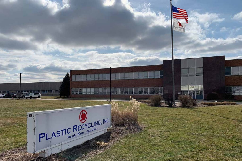 Sign and building of Plastics Recycling, Inc.